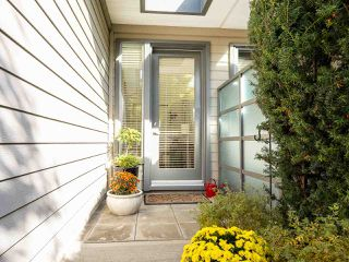 "Photo 10: 49 2603 162 Street in Surrey: Grandview Surrey Townhouse for sale in ""VINTERRA"" (South Surrey White Rock)  : MLS®# R2457726"