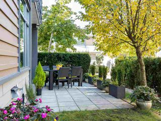 "Photo 1: 49 2603 162 Street in Surrey: Grandview Surrey Townhouse for sale in ""VINTERRA"" (South Surrey White Rock)  : MLS®# R2457726"