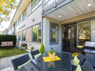 "Photo 2: 49 2603 162 Street in Surrey: Grandview Surrey Townhouse for sale in ""VINTERRA"" (South Surrey White Rock)  : MLS®# R2457726"