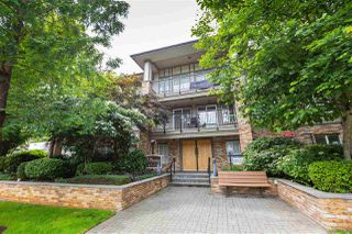 Main Photo: 403 8717 160 Street in Surrey: Fleetwood Tynehead Condo for sale : MLS®# R2465217