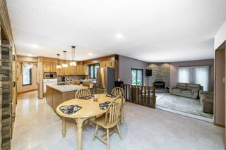 Photo 14: 140 Lac Ste. Anne Trail: Rural Sturgeon County House for sale : MLS®# E4218317