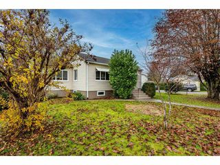 Photo 2: 9495 CORBOULD Street in Chilliwack: Chilliwack N Yale-Well House for sale : MLS®# R2519484