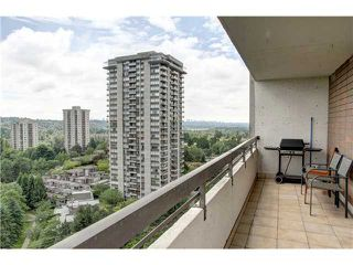 """Photo 10: 1605 3771 BARTLETT Court in Burnaby: Sullivan Heights Condo for sale in """"TIMERCEA"""" (Burnaby North)  : MLS®# V961323"""
