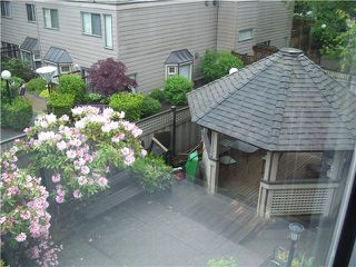"Photo 10: 304 777 8TH Street in New Westminster: Uptown NW Condo for sale in ""MOODY GARDENS"" : MLS®# V985098"