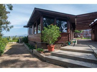 Photo 5: LA MESA House for sale : 3 bedrooms : 7256 W Point Avenue