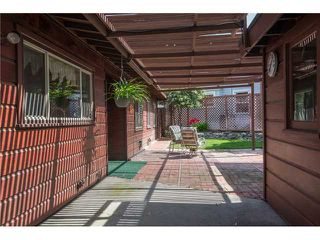 Photo 4: LA MESA House for sale : 3 bedrooms : 7256 W Point Avenue