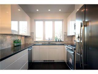 Photo 7: 4602 WINDSOR ST in Vancouver: Fraser VE House for sale (Vancouver East)  : MLS®# V1033935