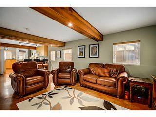 Photo 13: 1943 ROCKCLIFF RD in North Vancouver: Deep Cove House for sale : MLS®# V1059830
