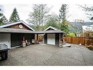 Photo 15: 1943 ROCKCLIFF RD in North Vancouver: Deep Cove House for sale : MLS®# V1059830