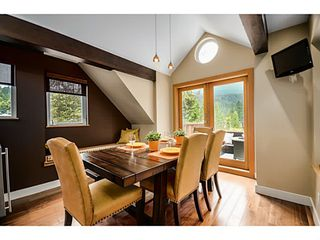 Photo 6: 1943 ROCKCLIFF RD in North Vancouver: Deep Cove House for sale : MLS®# V1059830