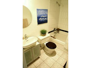 Photo 7: # 205 33 N TEMPLETON DR in Vancouver: Hastings Condo for sale (Vancouver East)  : MLS®# V1061212