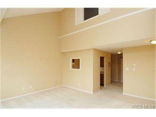 Photo 3:  in VICTORIA: SW Royal Oak Condo Apartment for sale (Saanich West)  : MLS®# 459330