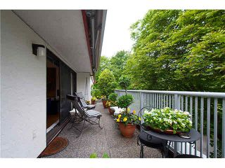 "Photo 7: 304 5920 EAST BOULEVARD in Vancouver: Kerrisdale Condo for sale in ""OAKWOOD TERRACE"" (Vancouver West)  : MLS®# V1076161"