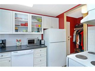 Photo 7: D 2115 35 Avenue SW in CALGARY: Garrison Woods Townhouse for sale (Calgary)  : MLS®# C3633106