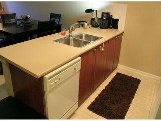 Photo 4: 105 10088 148 Street in SURREY: Guildford Condo for sale (North Surrey)  : MLS®# F1322262