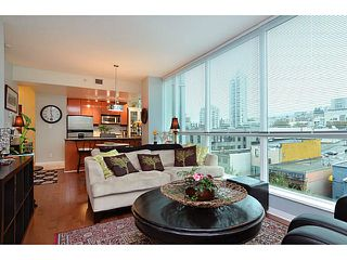 Photo 9: # 701 138 E ESPLANADE ST in North Vancouver: Lower Lonsdale Condo for sale : MLS®# V1093684