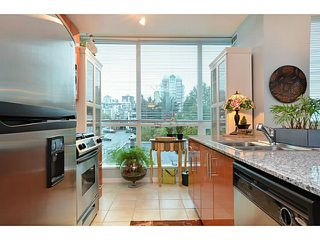 Photo 2: # 701 138 E ESPLANADE ST in North Vancouver: Lower Lonsdale Condo for sale : MLS®# V1093684