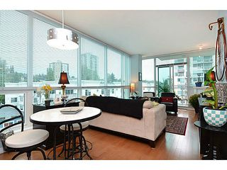 Photo 8: # 701 138 E ESPLANADE ST in North Vancouver: Lower Lonsdale Condo for sale : MLS®# V1093684