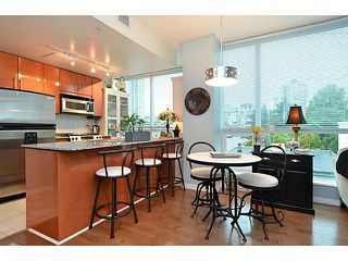 Photo 7: # 701 138 E ESPLANADE ST in North Vancouver: Lower Lonsdale Condo for sale : MLS®# V1093684