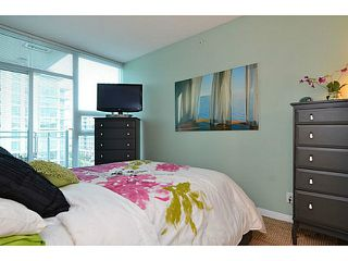 Photo 16: # 701 138 E ESPLANADE ST in North Vancouver: Lower Lonsdale Condo for sale : MLS®# V1093684