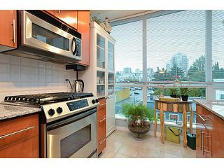 Photo 4: # 701 138 E ESPLANADE ST in North Vancouver: Lower Lonsdale Condo for sale : MLS®# V1093684