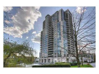 Photo 1: 302 3070 Guildford Way in Coquitlam: North Coquitlam Condo for sale : MLS®# V1126460