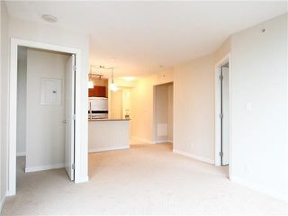 Photo 4: 1008 833 AGNES STREET in NEW WEST: Downtown NW Condo for sale (New Westminster)  : MLS®# V1136034