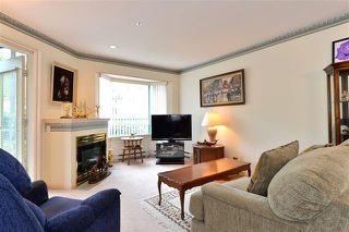 Photo 6: 104 1569 Everall Street: White Rock Condo for sale (South Surrey White Rock)  : MLS®# R2075377