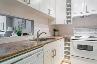 Photo 1: 208 2545 LONSDALE AVENUE in North Vancouver: Upper Lonsdale Condo for sale : MLS®# R2084963