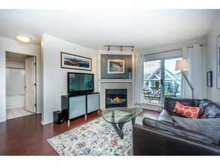 Photo 2: 403 789 W 16TH AVENUE in Vancouver: Fairview VW Condo for sale (Vancouver West)  : MLS®# R2142393