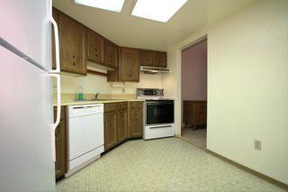 Photo 5: 506 - 1480 Foster St: White Rock Condo for sale (South Surrey White Rock)  : MLS®# R2117828