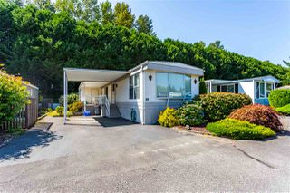 "Main Photo: 59 2270 196 Street in Langley: Brookswood Langley Manufactured Home for sale in ""PINERIDGE PARK"" : MLS®# R2394480"