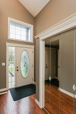 Photo 2: 4021 158 Avenue in Edmonton: Zone 03 House for sale : MLS®# E4169666