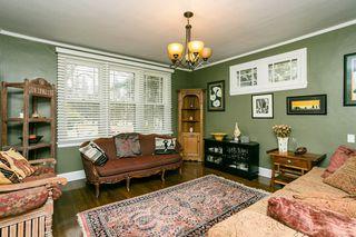 Photo 4: 9 WELLINGTON Crescent in Edmonton: Zone 11 House for sale : MLS®# E4176274