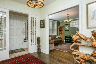 Photo 2: 9 WELLINGTON Crescent in Edmonton: Zone 11 House for sale : MLS®# E4176274
