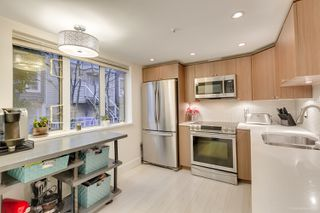"Photo 22: 101 789 W 16TH Avenue in Vancouver: Fairview VW Condo for sale in ""Sixteen Willows"" (Vancouver West)  : MLS®# R2423292"