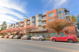 "Photo 46: 101 789 W 16TH Avenue in Vancouver: Fairview VW Condo for sale in ""Sixteen Willows"" (Vancouver West)  : MLS®# R2423292"