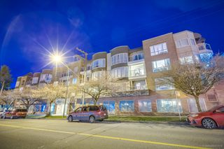 "Photo 6: 101 789 W 16TH Avenue in Vancouver: Fairview VW Condo for sale in ""Sixteen Willows"" (Vancouver West)  : MLS®# R2423292"