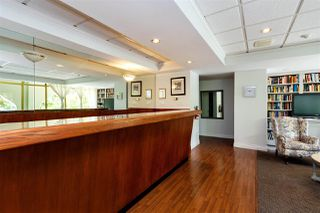 Photo 17: 403 1425 ESQUIMALT AVENUE in West Vancouver: Ambleside Condo for sale : MLS®# R2430904