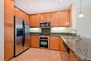 Photo 5: CARMEL VALLEY Condo for sale : 1 bedrooms : 3887 Pell Pl #416 in San Diego