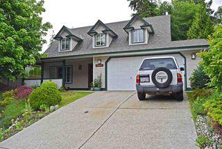 Main Photo: 5832 HERON Place in Sechelt: Sechelt District House for sale (Sunshine Coast)  : MLS®# R2465539