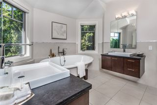Photo 14: 1120 MILLSTREAM Road in West Vancouver: British Properties House for sale : MLS®# R2472995