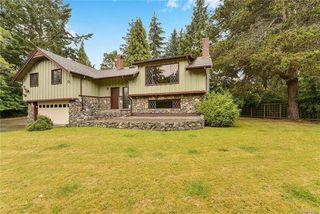 Photo 3: 1823 Ferndale Rd in Saanich: SE Gordon Head Single Family Detached for sale (Saanich East)  : MLS®# 843909