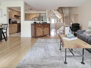 Photo 11: 40 320 AMBLESIDE Drive in London: North A Residential for sale (North)  : MLS®# 275541