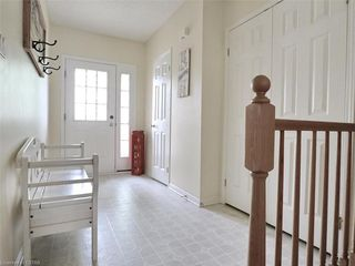 Photo 12: 40 320 AMBLESIDE Drive in London: North A Residential for sale (North)  : MLS®# 275541