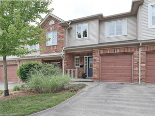 Photo 1: 40 320 AMBLESIDE Drive in London: North A Residential for sale (North)  : MLS®# 275541