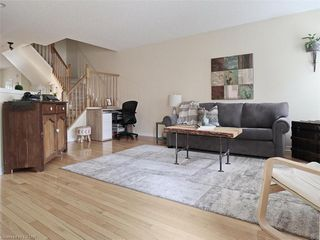 Photo 4: 40 320 AMBLESIDE Drive in London: North A Residential for sale (North)  : MLS®# 275541