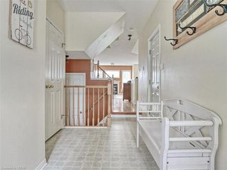 Photo 13: 40 320 AMBLESIDE Drive in London: North A Residential for sale (North)  : MLS®# 275541