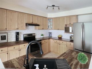 Photo 10: 40 320 AMBLESIDE Drive in London: North A Residential for sale (North)  : MLS®# 275541