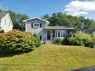 Photo 1: 538 Atlantic Street in Nova Scotia: 201-Sydney Residential for sale (Cape Breton)  : MLS®# 202017079